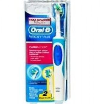 Oral-B Vitality Plus Floss Action Toothbrush with 2 Refills